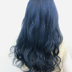 フェミニン ロング ブルージュ ブリーチカラー ヘアスタイルや髪型の写真・画像