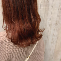 なみウェーブ ガーリー セミロング レッドカラー ヘアスタイルや髪型の写真・画像
