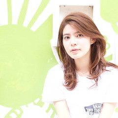 前髪あり アンニュイ セミロング ストリート ヘアスタイルや髪型の写真・画像