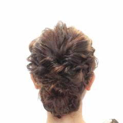 編み込み ヘアアレンジ ガーリー ミディアム ヘアスタイルや髪型の写真・画像