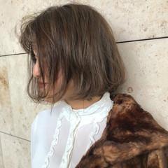 ラベンダーアッシュ フェミニン 外国人風 グレージュ ヘアスタイルや髪型の写真・画像