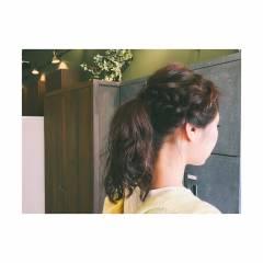 編み込み セミロング ポニーテール ストリート ヘアスタイルや髪型の写真・画像