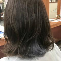 ホワイト シルバーグレイ ガーリー ボブ ヘアスタイルや髪型の写真・画像