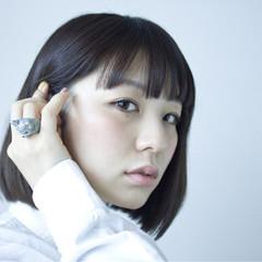 グラデーションカラー ショート 黒髪 外国人風 ヘアスタイルや髪型の写真・画像
