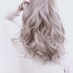 透明感 渋谷系 アッシュ ミディアム ヘアスタイルや髪型の写真・画像