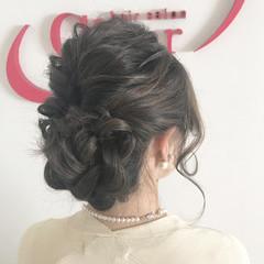フェミニン ミディアム ヘアアレンジ くるりんぱ ヘアスタイルや髪型の写真・画像