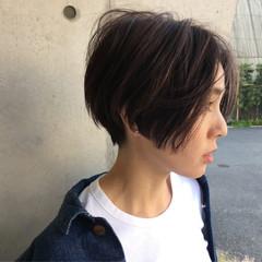 ショート ハイライト 外国人風 黒髪 ヘアスタイルや髪型の写真・画像