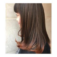 セミロング 黒髪 ミディアム オレンジ ヘアスタイルや髪型の写真・画像