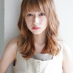 フェミニン 透明感カラー 似合わせカット レイヤーカット ヘアスタイルや髪型の写真・画像