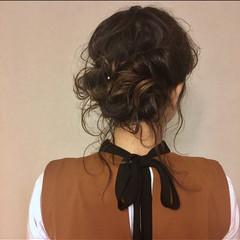 簡単ヘアアレンジ セミロング ヘアアレンジ セルフヘアアレンジ ヘアスタイルや髪型の写真・画像