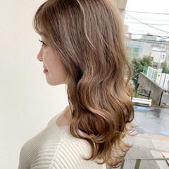 アンニュイほつれヘア ガーリー 大人かわいい デート ヘアスタイルや髪型の写真・画像