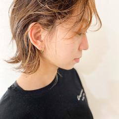 ウルフカット ブリーチ ショート マッシュウルフ ヘアスタイルや髪型の写真・画像