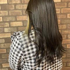 スロウ ナチュラル インナーカラー ロング ヘアスタイルや髪型の写真・画像