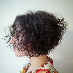 黒髪 ヘアアレンジ ナチュラル 前髪あり ヘアスタイルや髪型の写真・画像