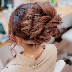 アップスタイル ガーリー ヘアアレンジ 簡単ヘアアレンジ ヘアスタイルや髪型の写真・画像