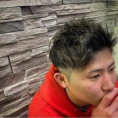 メンズヘア メンズスタイル ナチュラル フェードカット ヘアスタイルや髪型の写真・画像