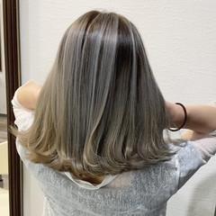 グラデーション バレイヤージュ ハイライト フェミニン ヘアスタイルや髪型の写真・画像