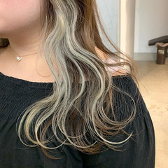 インナーカラーホワイト インナーカラー ホワイトカラー ロング ヘアスタイルや髪型の写真・画像