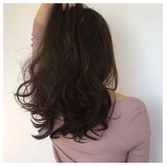 小顔 ロング ベージュ 大人女子 ヘアスタイルや髪型の写真・画像