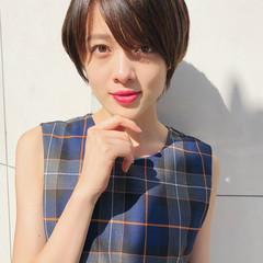 簡単ヘアアレンジ エフォートレス オフィス ショート ヘアスタイルや髪型の写真・画像