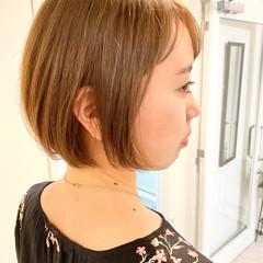 大人かわいい ショートヘア ナチュラル オフィス ヘアスタイルや髪型の写真・画像
