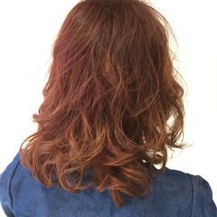 ガーリー ボブ ミディアム レッド ヘアスタイルや髪型の写真・画像
