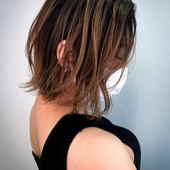 外ハネボブ 外国人風カラー 切りっぱなしボブ 簡単ヘアアレンジ ヘアスタイルや髪型の写真・画像