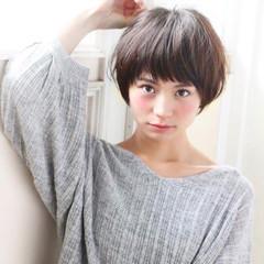 アッシュ ショート 色気 ショートバング ヘアスタイルや髪型の写真・画像