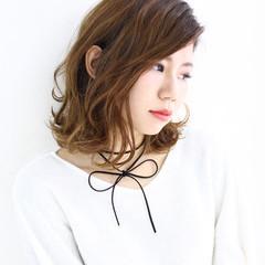 パーマ 外国人風 ブラウン アッシュ ヘアスタイルや髪型の写真・画像