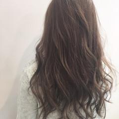 ロング ストリート ハイライト ブラウン ヘアスタイルや髪型の写真・画像