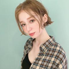 ベージュ フェミニン ショートヘア ボブ ヘアスタイルや髪型の写真・画像