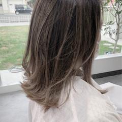 グラデーションカラー ナチュラル ベージュ 透明感カラー ヘアスタイルや髪型の写真・画像