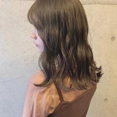 ラフ ハイライト ナチュラル お洒落 ヘアスタイルや髪型の写真・画像