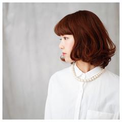 前髪あり フェミニン ナチュラル ミディアム ヘアスタイルや髪型の写真・画像