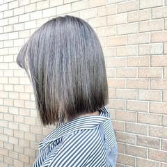 アッシュグレージュ オリーブグレージュ アッシュベージュ モード ヘアスタイルや髪型の写真・画像