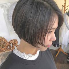 ショートヘア ミニボブ 大人かわいい ナチュラル ヘアスタイルや髪型の写真・画像