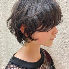 ショート ハンサムショート 大人ショート ナチュラル ヘアスタイルや髪型の写真・画像