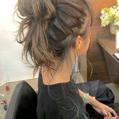 ヘアアレンジ くせ毛風 外国人風 グラデーションカラー ヘアスタイルや髪型の写真・画像