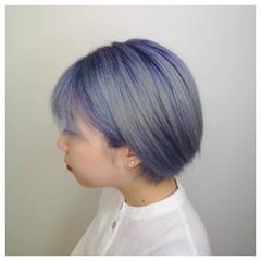 シルバーアッシュ ブルーグラデーション ショート 可愛い ヘアスタイルや髪型の写真・画像