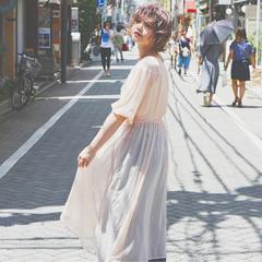 アンニュイ ウェーブ 透明感 上品 ヘアスタイルや髪型の写真・画像