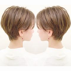 オフィス フェミニン ハンサムショート ショート ヘアスタイルや髪型の写真・画像
