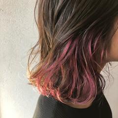 ストリート ミディアム ピンクバイオレット バイオレットアッシュ ヘアスタイルや髪型の写真・画像