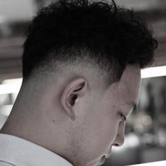 ナチュラル ショート 刈り上げ メンズヘア ヘアスタイルや髪型の写真・画像