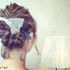 ショート ハイライト ヘアアレンジ 波ウェーブ ヘアスタイルや髪型の写真・画像