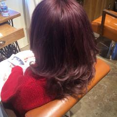 ガーリー ミディアム フェミニン 外国人風 ヘアスタイルや髪型の写真・画像