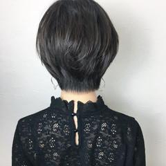 フェミニン 大人女子 ショート パーマ ヘアスタイルや髪型の写真・画像
