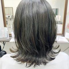 ハイライト 大人ハイライト ナチュラル イルミナカラー ヘアスタイルや髪型の写真・画像