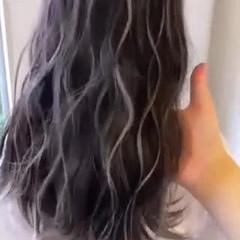 コントラストハイライト ブリーチカラー ハイライト 大人ハイライト ヘアスタイルや髪型の写真・画像