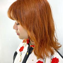 オレンジ 韓国ヘア アプリコットオレンジ ミディアム ヘアスタイルや髪型の写真・画像