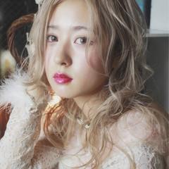 フェミニン ゆるふわ ガーリー 外国人風 ヘアスタイルや髪型の写真・画像
